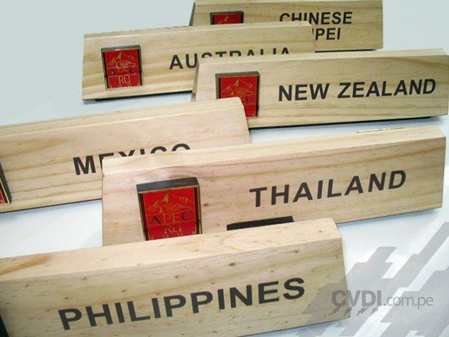 Señalización informativa (placas de identificación de paises) - APEC Perú 2008