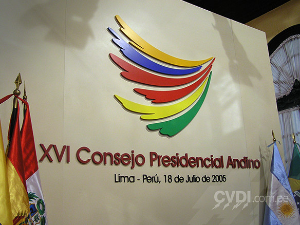 Letras corpóreas en alto relieve - XVI Consejo Presidencial Andino 2005